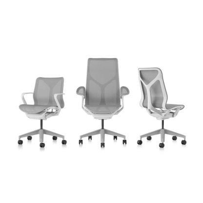 Die Cosm Chair Familie in studio white/glacier